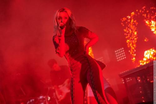 01-2016-01997 - Zara Larsson (SE)