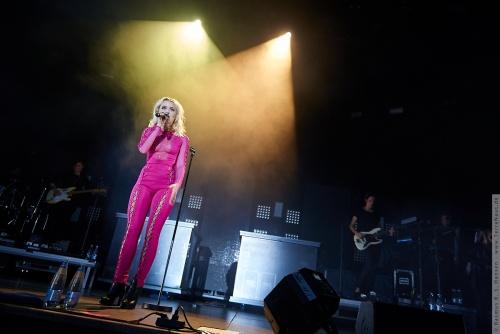 01-2016-02020 - Zara Larsson (SE)