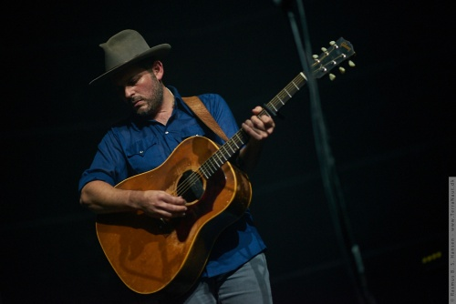 01-2016-03806 - Gregory Alan Isakov (US)