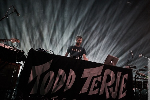 01-2016-04002 - Todd Terje and The Olsens (NO)