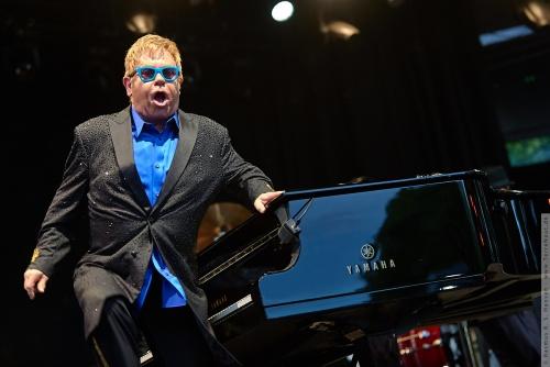 01-2015-01537 - Elton John (UK)