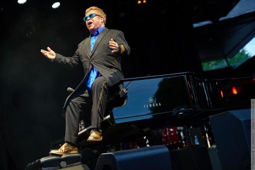 01-2015-01541 - Elton John (UK)