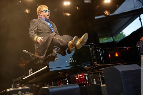 01-2015-01543 - Elton John (UK)