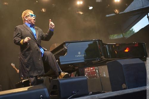 01-2015-01548 - Elton John (UK)