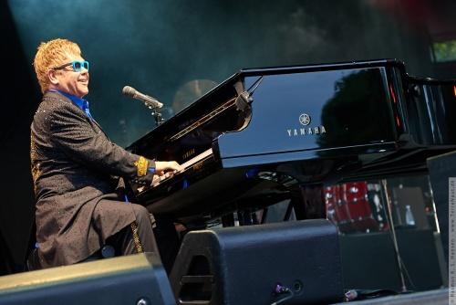 01-2015-01551 - Elton John (UK)