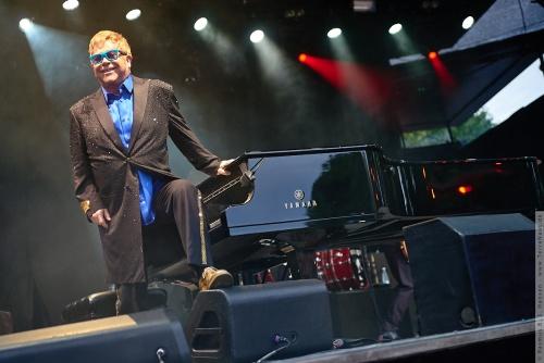 01-2015-01552 - Elton John (UK)
