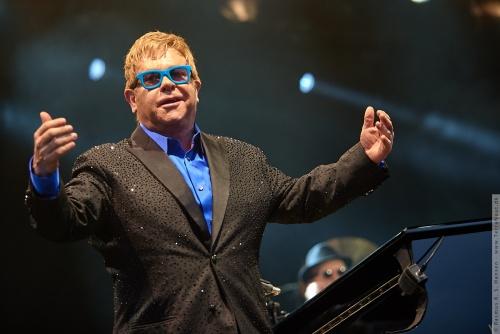 01-2015-01556 - Elton John (UK)