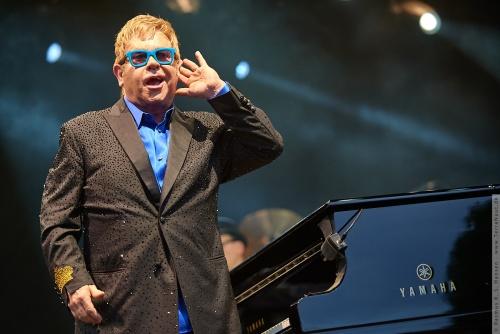 01-2015-01558 - Elton John (UK)