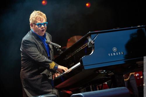 01-2015-01563 - Elton John (UK)