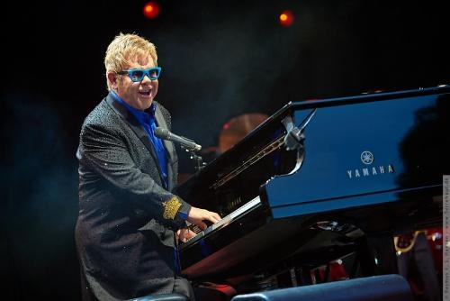 01-2015-01564 - Elton John (UK)