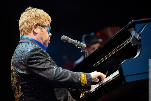 01-2015-01565 - Elton John (UK)