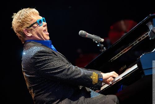 01-2015-01566 - Elton John (UK)
