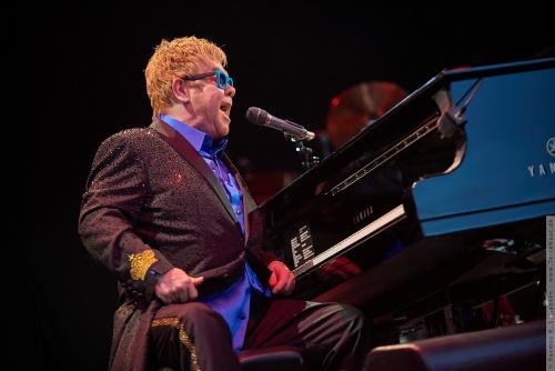 01-2015-01571 - Elton John (UK)