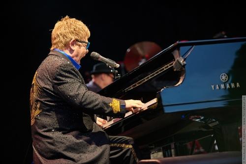 01-2015-01574 - Elton John (UK)