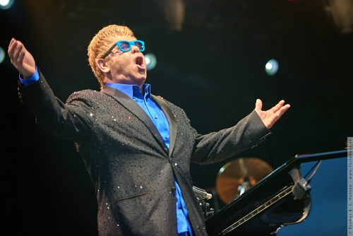 01-2015-01575 - Elton John (UK)