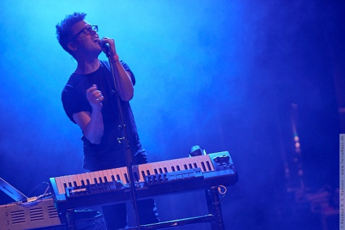 01-2015-02559 - Son Lux (US)