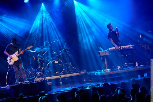 01-2015-02561 - Son Lux (US)