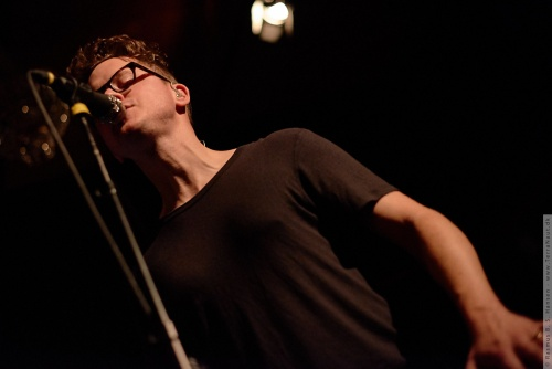 01-2015-03281 - Son Lux (US)