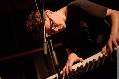 01-2015-03283 - Son Lux (US)