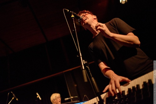 01-2015-03291 - Son Lux (US)