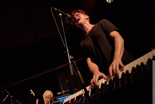 01-2015-03294 - Son Lux (US)