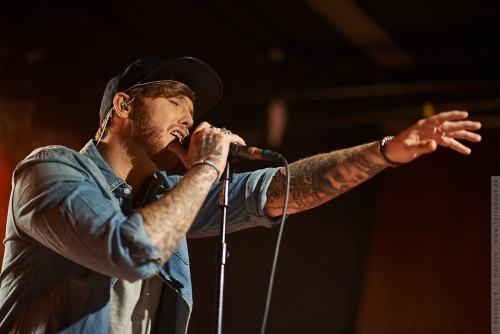 01-2014-00261 - James Arthur (UK)