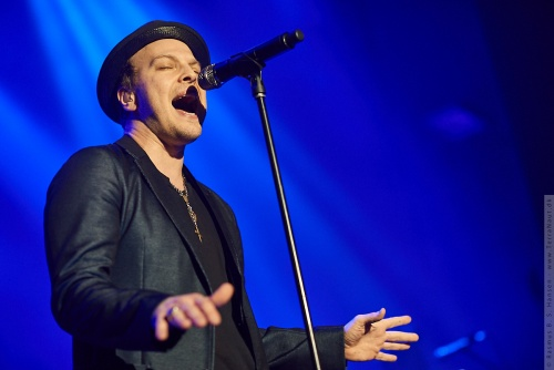 01-2014-00453 - Gavin Degraw (US)