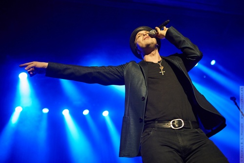 01-2014-00465 - Gavin Degraw (US)