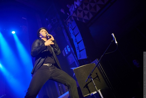01-2014-00490 - Gavin Degraw (US)