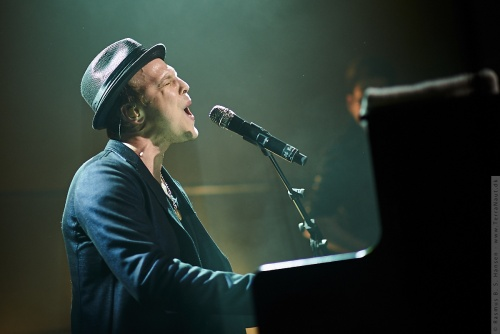 01-2014-00517 - Gavin Degraw (US)