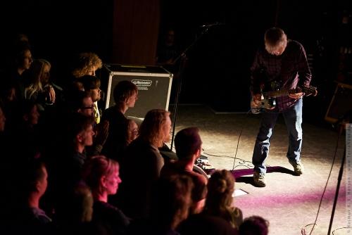 01-2014-00682 - Lee Ranaldo and The Dust (US)