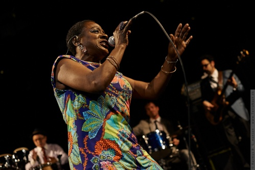 01-2014-02762 - Sharon Jones and The Dap-Kings (US)