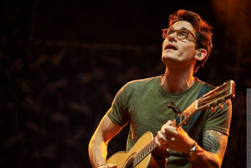 01-2014-03833 - John Mayer (US)