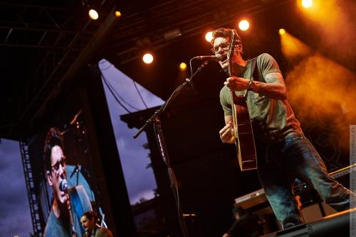 01-2014-03837 - John Mayer (US)