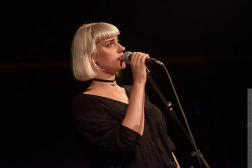 01-2014-05480 - Molly Nilsson (SE)