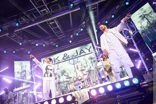 01-2014-05554 - Nik og Jay (DK)
