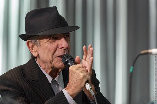 01-2008-02095 - Leonard Cohen (CAN)