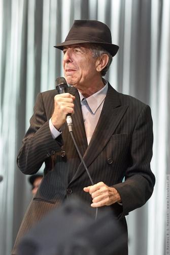 01-2008-02105 - Leonard Cohen (CAN)