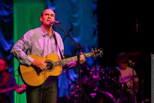 01-2009-02580 - James Taylor (US)