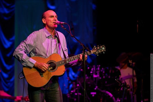 01-2009-02598 - James Taylor (US)