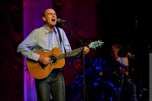 01-2009-02694 - James Taylor (US)