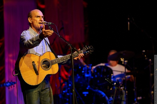 01-2009-02708 - James Taylor (US)