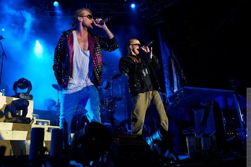 01-2009-04016 - Nik og Jay (DK)