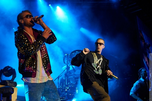 01-2009-04021 - Nik og Jay (DK)