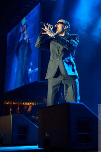 01-2010-00499 - Joey Moe (DK)