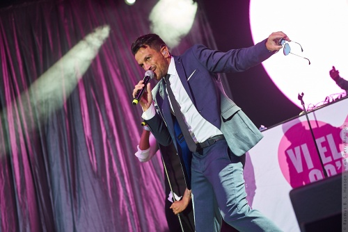 01-2017-02959 - Peter Andre (UK)
