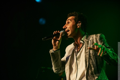 01-2010-04345 - Serj Tankian (US)