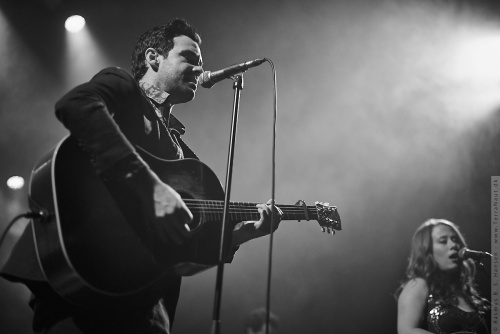 01-2018-00073 - The Lone Bellow (US)