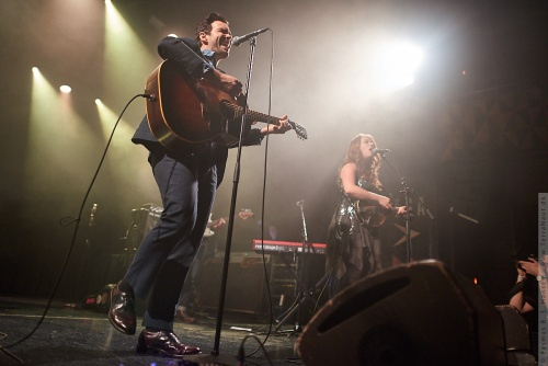 01-2018-00076 - The Lone Bellow (US)