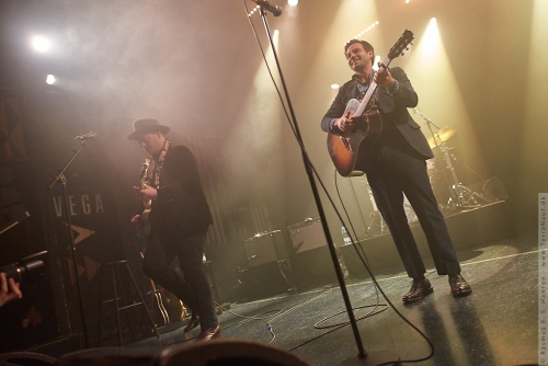 01-2018-00087 - The Lone Bellow (US)